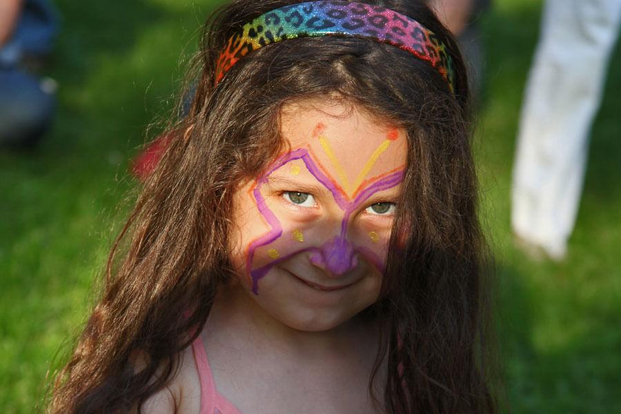 Facepainted girl